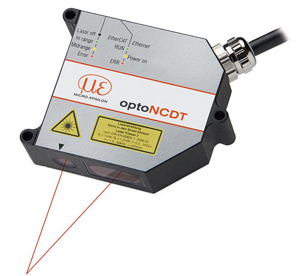OptoNCDT 2300 – laserowy czujnik triangulacyjny firmy Micro-Epsilon. Nadaje się do szybkich i precyzyjnych pomiarów względem powierzchni bezpośrednio odbijających światło (fot. Wobit)