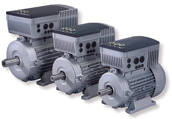 SK 200E firmy Nord DriveSystems – falownik zintegrowany z silnikiem, alternatywne rozwiązanie dla techniki serwo