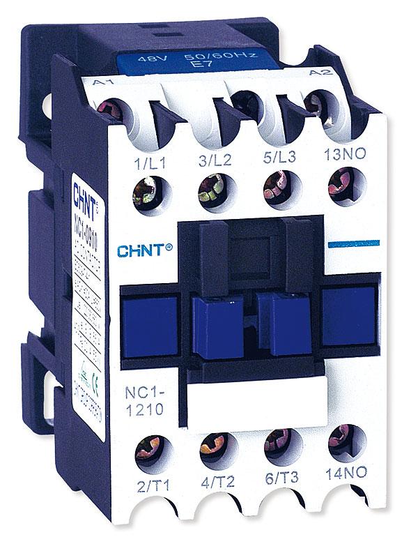 Styczniki serii NC1 o prądach znamionowych w granicach 9 – 95 A wyposażone są zarówno w cewki prądu przemiennego jak i stałego