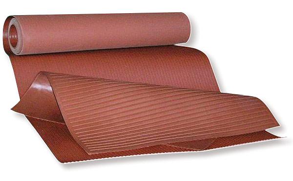 Rys. 1. Chodnik elektroizolacyjny CE1100 i dywanik elektroizolacyjny